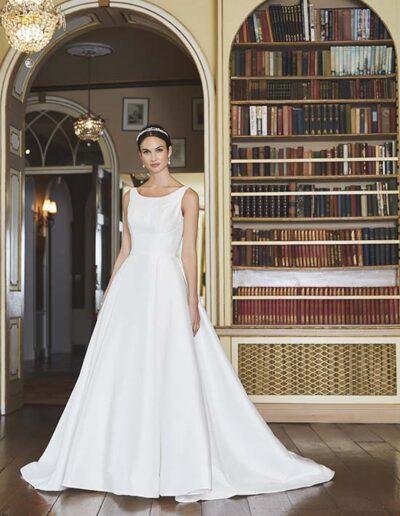 Wedding dress high neck simple low back pockets